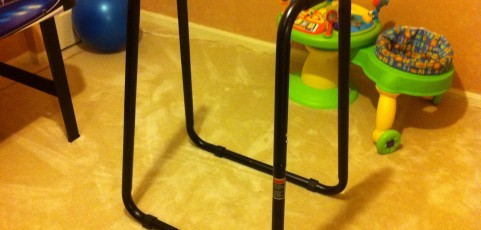 AnthroFit – Blogger Dip Stand Review